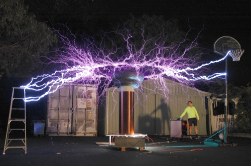 Tesla Coil Hits Ladder and Basketball Goal