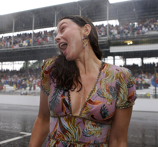 Indianapolis 500 - 91st Running - Ashley Judd Celebrates Her Husband Dario Franchitti Winning The Indy 500 - May 27, 2007