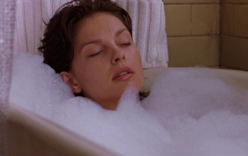 Ashley-Judd-Eye-of-the-Behold-Bath-Sexy