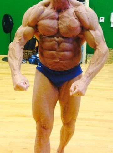 TimBerry_Musclemangeezer_body
