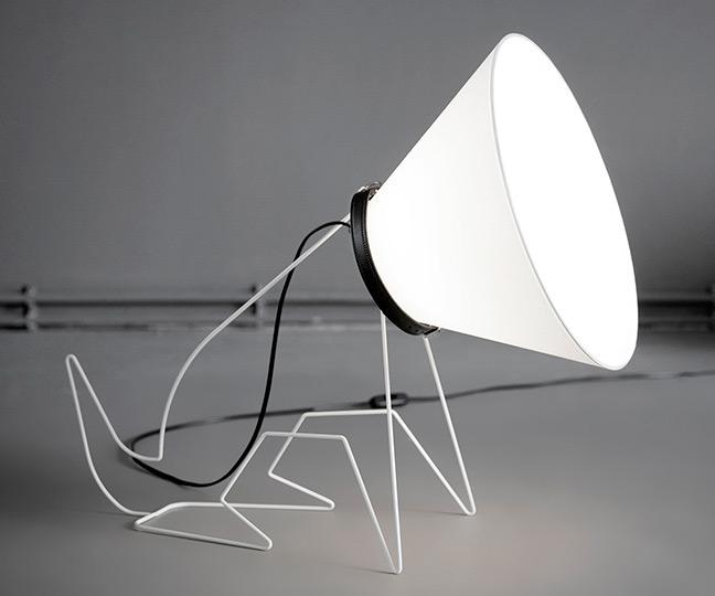 cone-doggie-lamp
